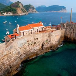 Petrovac na Moru 495 hotelov