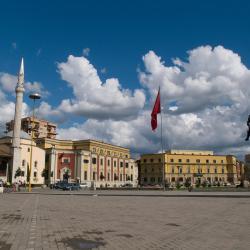 Tirana 28 hostels