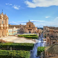 Noto 21 hotels with a jacuzzi