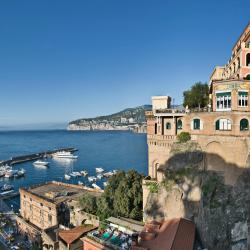 Sorrento 921 hotels