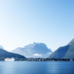 Åndalsnes 18 hotels