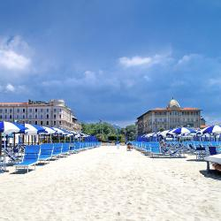 Viareggio 68 holiday homes