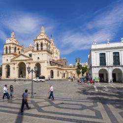 Córdoba 1383 hotels