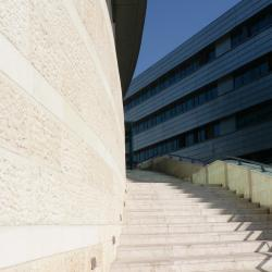 Herzelija 143 hotela