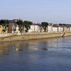 Arles 337 hoteli