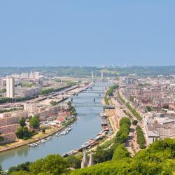 Rouen 332 hotels