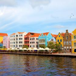 Willemstad 393 hotels
