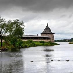 Псков 580 отелей