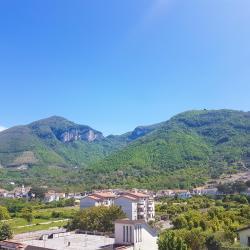 Sant'Egidio del Monte Albino 13 hotels