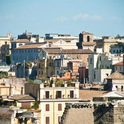 Castel di Leva 12 hoteller