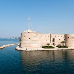 Taranto 319 hotelů