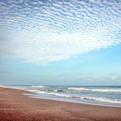 Sipacate 5 beach hotels