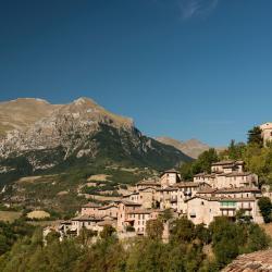 Montefortino 8 hotels