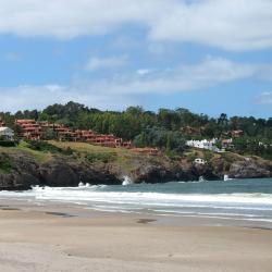 Barra de Carrasco 2 hotels