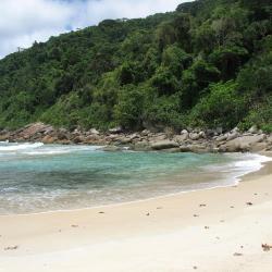 Praia de Araçatiba 34 hotéis