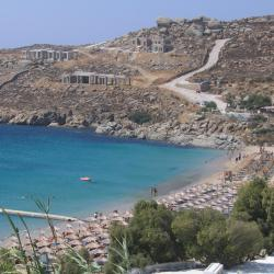 Super Paradise Beach 28 hotels