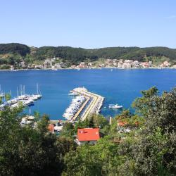 Supetarska Draga 243 Hotels
