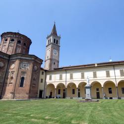 Cremona 63 hotels