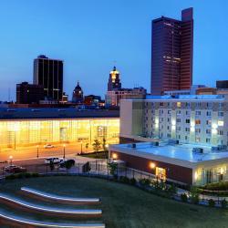 Fort Wayne 49 hotels