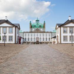 Fredensborg 8 hotels