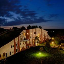 Bad Blumau 11 hoteller