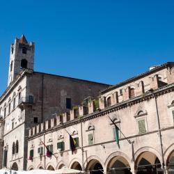 Ascoli Piceno 112 hoteli