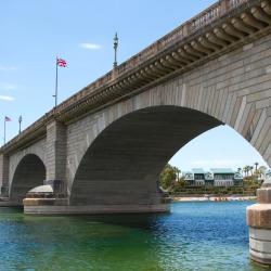 Lake Havasu City 29 hotelov z bazeni