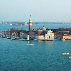 Murano 38 hotels