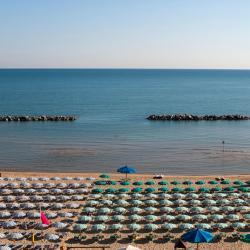 Marina di Montenero 15 hotels