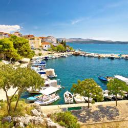 Brodarica 133 beach hotels