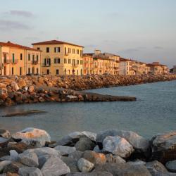 Marina di Pisa 28 hotels