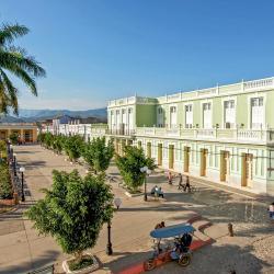 Trinidad 1038 hoteluri
