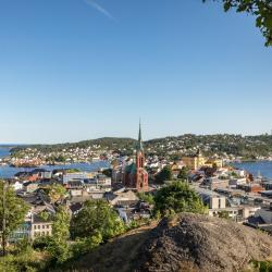 Arendal 18 hotels