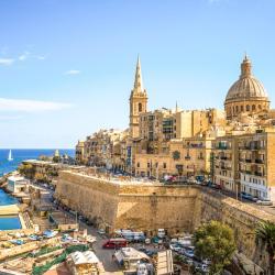 Valletta 93 perheille sopivaa hotellia