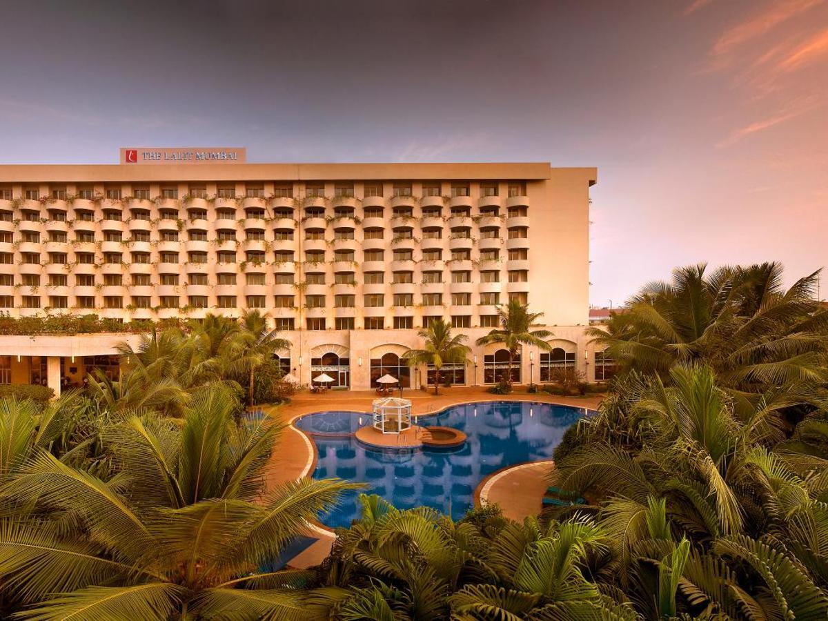 1232 Verified Hotel Reviews of The Lalit Mumbai | Booking.com