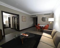 Portemilio Hotel & Resort