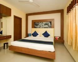 OYO 460 Hotel Ivory Residency