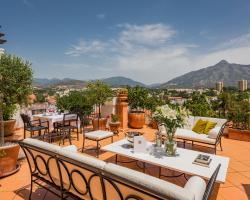 Molo 44 Luxury Suites Marbella