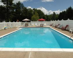 Saco River Motor Lodge & Suites