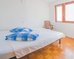 Apartments Eveleni