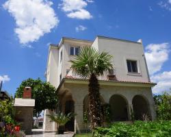 Stella Mare Apartments