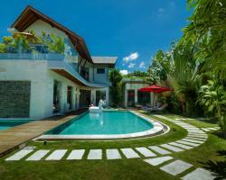 Seminyak Villa Ocean Eleven - Rolex Experience