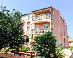 Apartments Tanja & Tina
