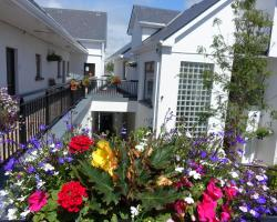 Donegan Court Aparthotel