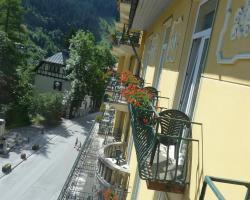 Hotel & Kurhotel Mozart