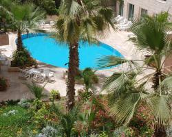 Petra Palace Hotel