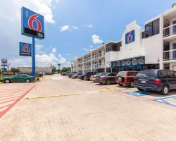 Motel 6 Houston NRG Park
