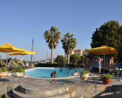 Ariadnes Holiday Accommodation II