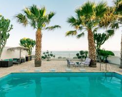 Zygi Beach Villa
