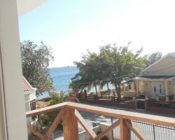 Dorado Divine Oceanview Apartments